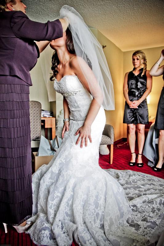 Melissa marries Anthony