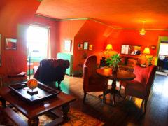 Morgan + Shiloh; View Point Inn, Oregon USA