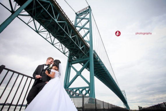 Stephanie + Andrew – Trevor Booth Photography, Windsor Ontario based photographer